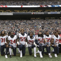 Poll: Texans Disagree with NFL Players Protesting During National Anthem