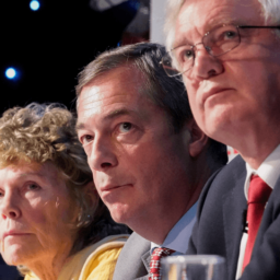 The Three Brexiteers: Farage, Hoey, Davis Launch Campaign to 'Chuck Chequers' and Save Brexit