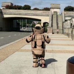 Wearing the Bomb Suit: Air Force EOD Technicians Talk About What It Takes