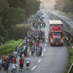 Mexico Offers to Provide Jobs, Education to Caravan Migrants