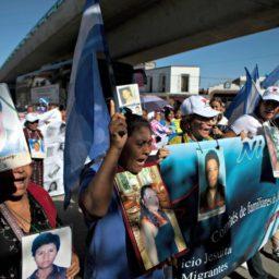 Mothers Seeking Lost Children Join Migrant Caravan in Mexico