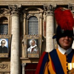 Pictures: Pope Francis Makes Seven New Saints, Including Paul VI, Oscar Romero