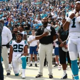 Reid Continues Anthem Protest in Nation's Capital