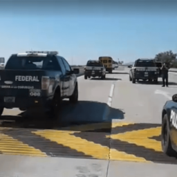 22 Buses with 900 Caravan Migrants Nears U.S. Border