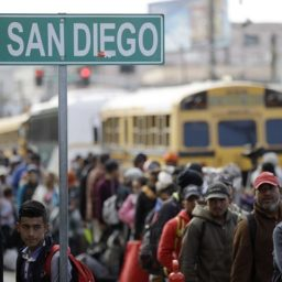 Caravan Migrants Admit They Are Job-Seekers: 'I Know I'm Not Getting Asylum'