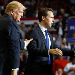 Donald Trump: 'Fake News' that Josh Hawley Left Campaign Rally Early