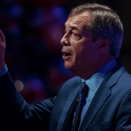 Farage Predicts Tory Rebels Will 'Melt Away', Vote for May's Soft Brexit Plans