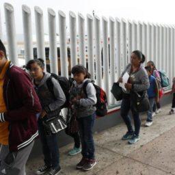 Mark Zuckerberg Lobbyist Says Elite Editor Posted 'False Garbage' on Immigration
