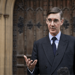 Rees-Mogg Calls for Vote of No Confidence in May, 'What Has Been Achieved Today Is Not Brexit'