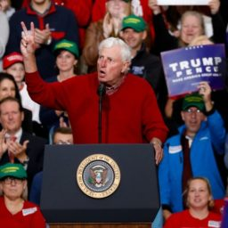 WATCH: Bobby Knight Leads Trump Rally Attendees in 'Go Get 'Em, Donald' Chant