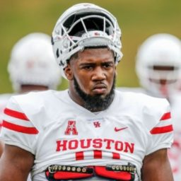 WATCH: Houston Player Ed Oliver Goes Nuclear After Coach Tells Him to Remove Coat