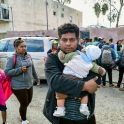 WSJ: Caravan Migrants Bring Children to Hack Border and Asylum Rules