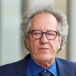 Actor Geoffrey Rush Denies Harassment Allegation from 'Orange Is the New Black' Actress Yael Stone