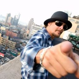 Kid Rock Pays Off $81,000 Layaway Debts for 350 Customers at Tennessee Walmart