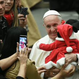 Pope Urges Nations to Celebrate Diversity in Christmas Message