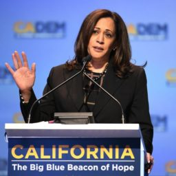 Axelrod: Kamala's Oakland Base 'Not a Natural Fit for the Heartland'