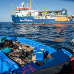Italian Police to Investigate Migrant Transport Vessel