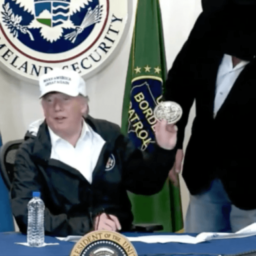 Texas Rancher Gives Donald Trump His Belt Buckle During Border Security Event