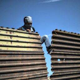 Donald Trump Taunts Democrats for Wanting to Tear Down Existing Border Walls