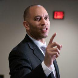 Hakeem Jeffries: Impeachment Hearings 'Should Commence Immediately'