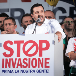 Italy's Trump: Salvini Wants to Build a Wall to Stop Illegal Migration from Balkans
