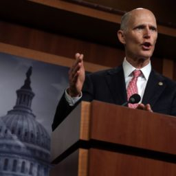 Mike Braun, Rick Scott Urge GOP Leadership to Attach 'No Budget, No Pay' to Budget
