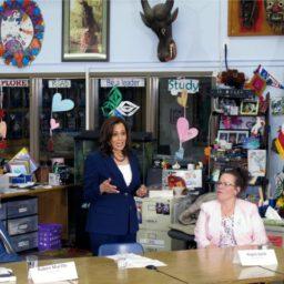 Kamala Harris Panders to Teachers' Unions and #RedforEd Ahead of Democrat Debates