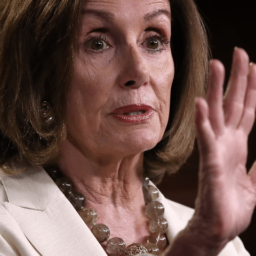 Pelosi: I Hoped GOP Would Have Had the Courage to Condemn Trump's 'Racist' Words