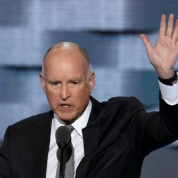 Jerry Brown on 2020 Dems: Nonstop Trump Attacks 'Not All that Interesting' to Voters