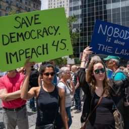 Poll: Voters Spurn Swing District Democrats that Back Impeachment