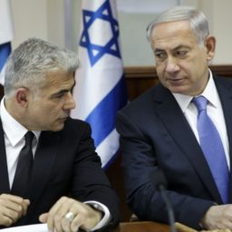 Netanyahu's Blue and White Challengers Signed Letter Charging Trump with 'Disgraceful Racism'