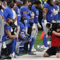 Matt Stafford and Deshaun Watson Kneel During Anthem Before Thanksgiving Game