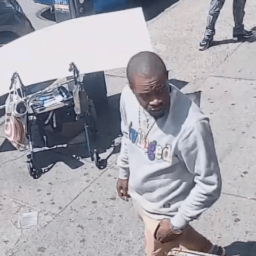 VIDEO: NYC Cops Searching for Suspects in Ice Pick Stabbing of Campaign Volunteer